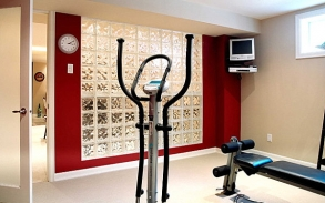 Contemporary_Home_Gym_With_Glass_Block.jpg